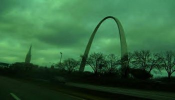 St. Louis Gateway Arch against a green sky